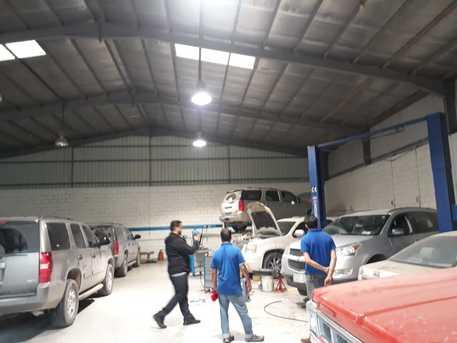 Automobile workshop for sale    ورشة سيارات للبيع