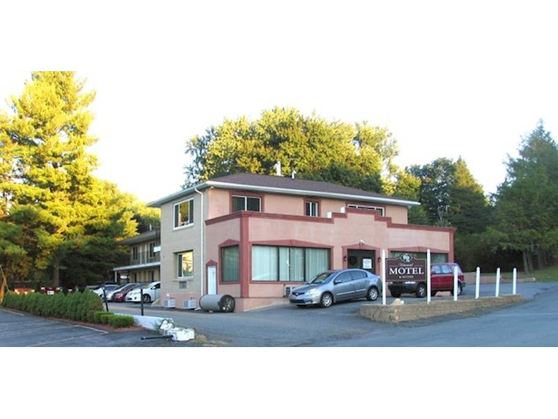 Completely Updated Motel - Orange county