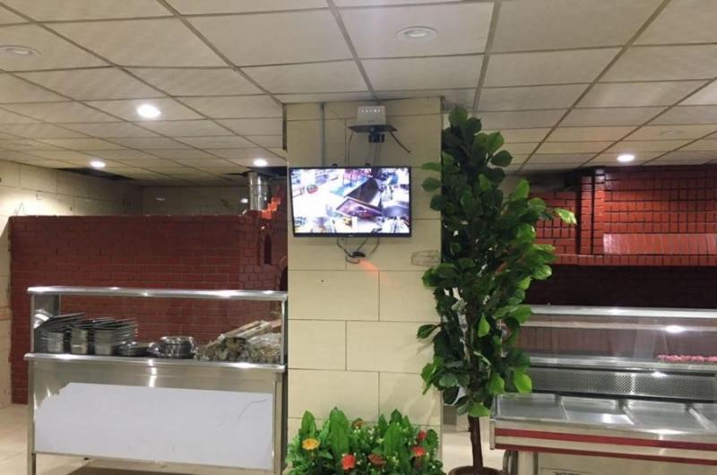 مطعم متكامل للتقبيل العاجل لأعلى سوم