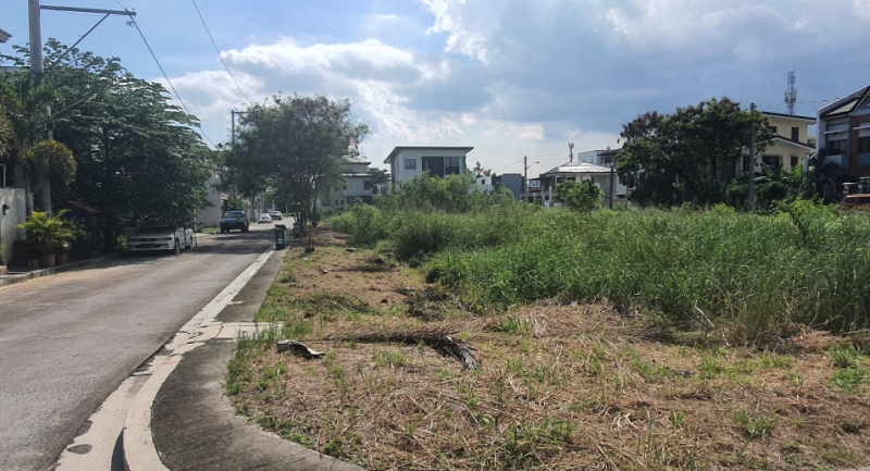 Lot For Sale in Parkwood Executive Village
