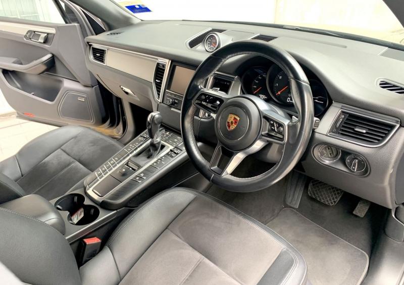 2014 Porsche Macan 2.0 (p95b6)