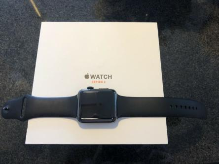 Apple Watch Series 3 42mm Space Black Stainless (GPS + Cellular)