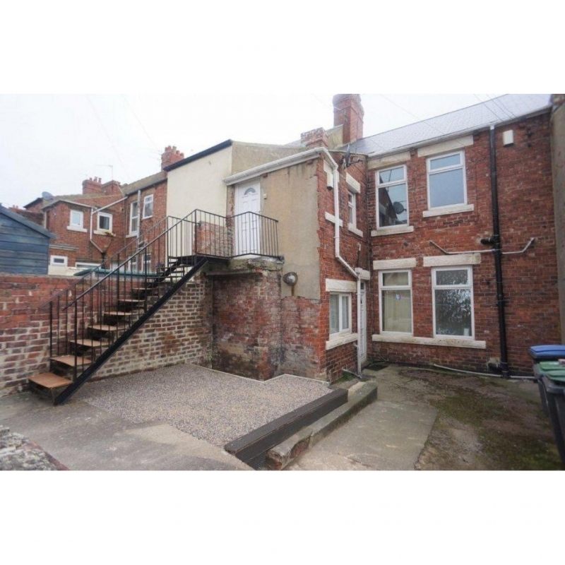 Tynside Flats - Park Road , Stanley, DH9 7QE - 11% Yield