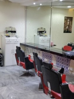 Saloon For Sale in 4 star hotel