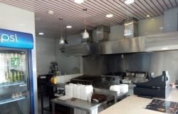 مطعم برجر وشاورما للبيع