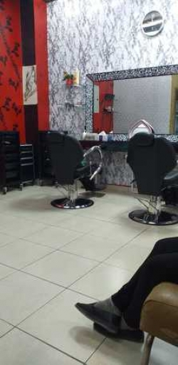 Ladies beauty saloon for sale