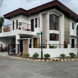 4BR House & Lot- Laguna
