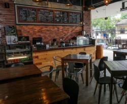 For Sale: Restaurant/Cafè