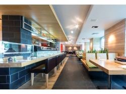 Fast Casual & Healthy Fish Market