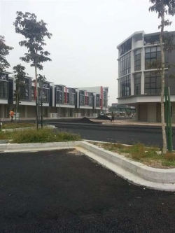 Office For Auction At The Core, Kota Damansara