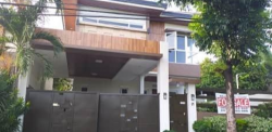 5 Bedrooms House and Lot for Sale in Quezon City