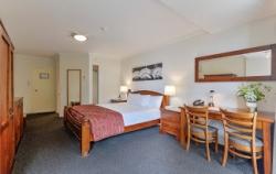 Burnett Riverside Hotel (Bundaberg)