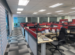 2 Storey Detach Changi Warehouse With Fitted Office