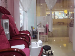 Nicely Renovated Beauty And Nail Salon