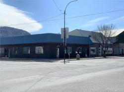 Commercial Building on Corner Lot For Sale